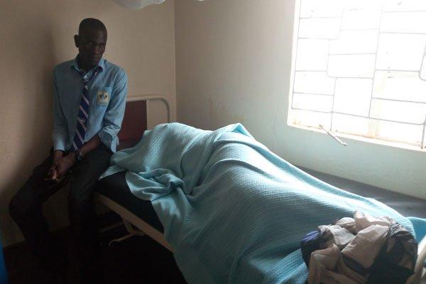 wanafuzi zaidi ya 30 washikwa na 50 kulazwa hospitali baada yakumpigania mwanafunzi wakike